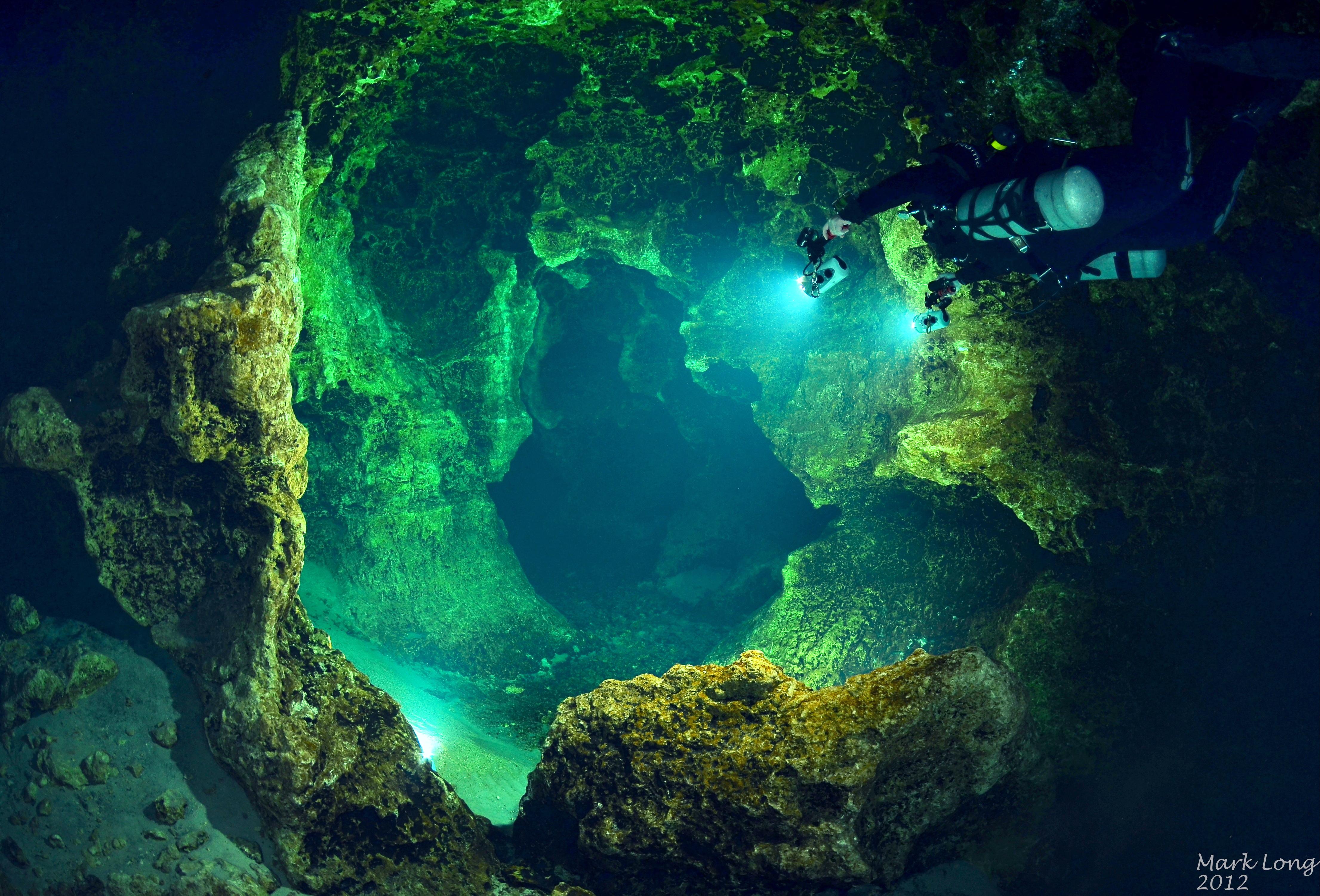 Devil's Spring System Scuba Diving